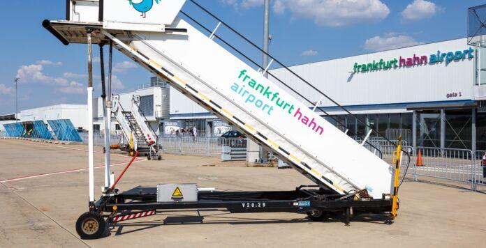 Ein Gläubiger hat Insolvenzantrag gegen die Betreibergesellschaft des Flughafens Frankfurt-Hahns gestellt.