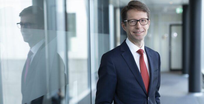 Berthold Fürst steigt bei der Deutschen Bank zum globalen Co-Head für M&A auf.