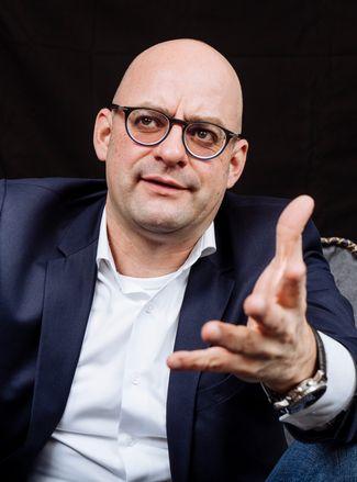 Fußballfinanzexperte Henning Zülch hat die Insolvenzgefahren der Bundesligaklubs modelliert.