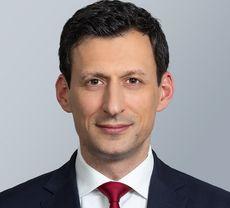 Allen & Overy holt Private-Equity-Experten Hendrik Roericht.