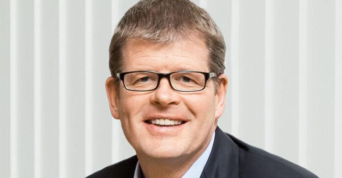 Symrise hat endlich den Aufstieg in den Dax geschafft. Finanzchef Olaf Klinger spielte dabei eine wichtige Rolle – er ist unser CFO des Monats.