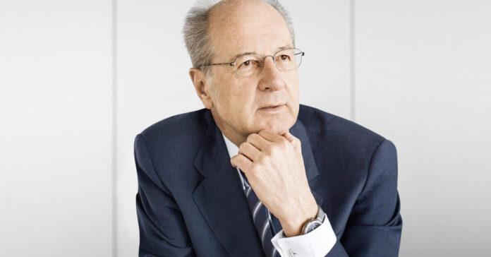Hans-Dieter Pötsch ist Aufsichtsratschef bei Volkswagen und CEO/CFO bei der Beteiligungsholding Porsche SE.
