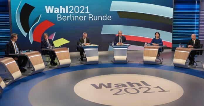 Am Wahlabend zeigten sich die Parteispitzen offen für Koalitionsverhandlungen. Foto: dpa/Sebastian Gallnow